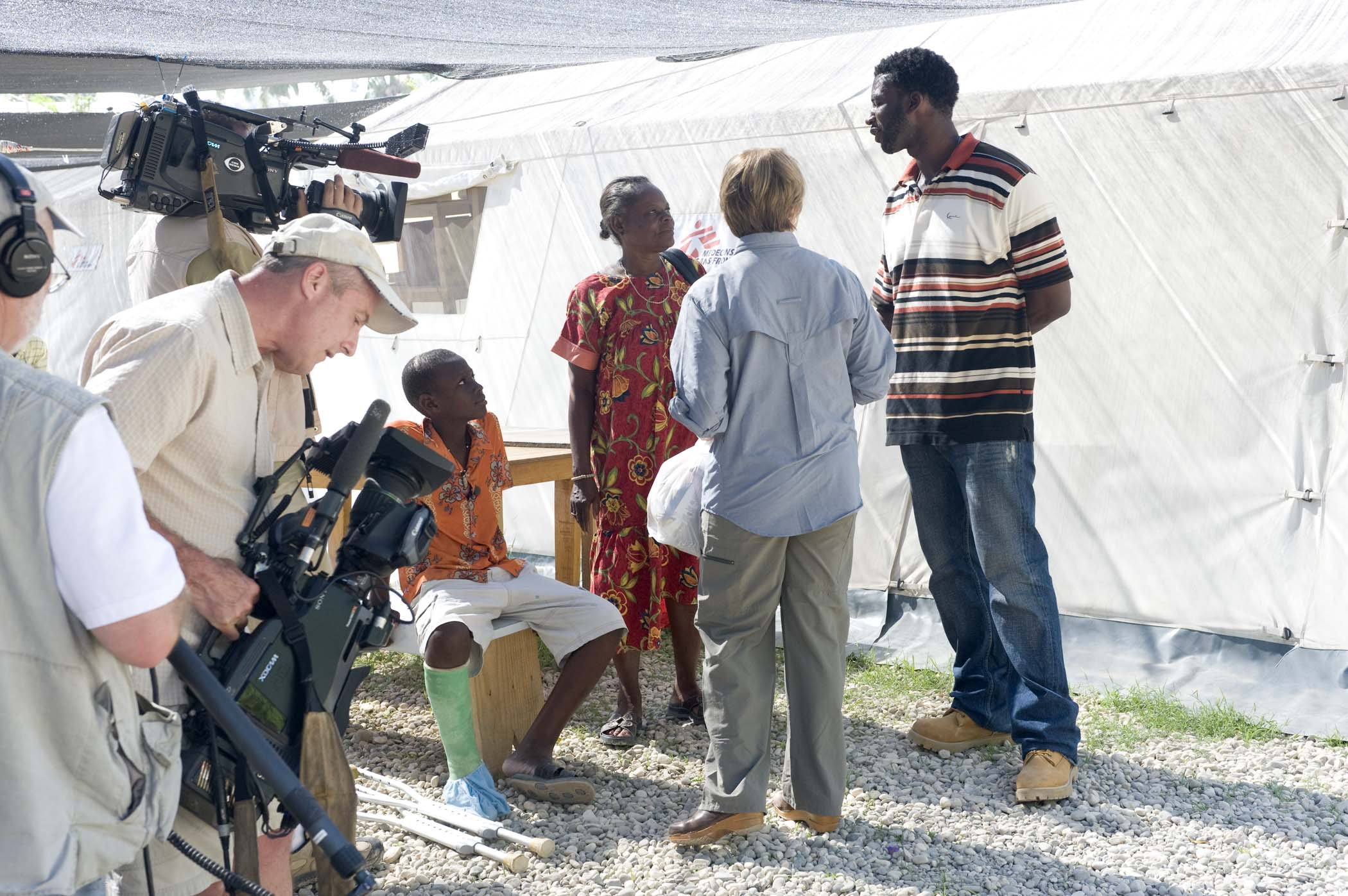 CBS News anchor Katie Couric In Haiti